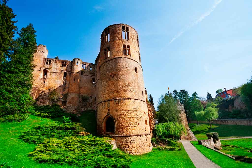 Best castles in Luxembourg Wiltz-Castle