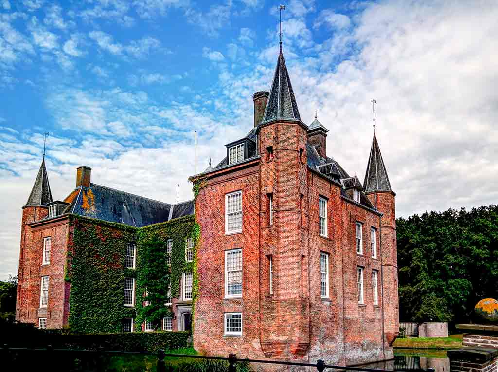 Castles in Netherlands Zuylen-Castle