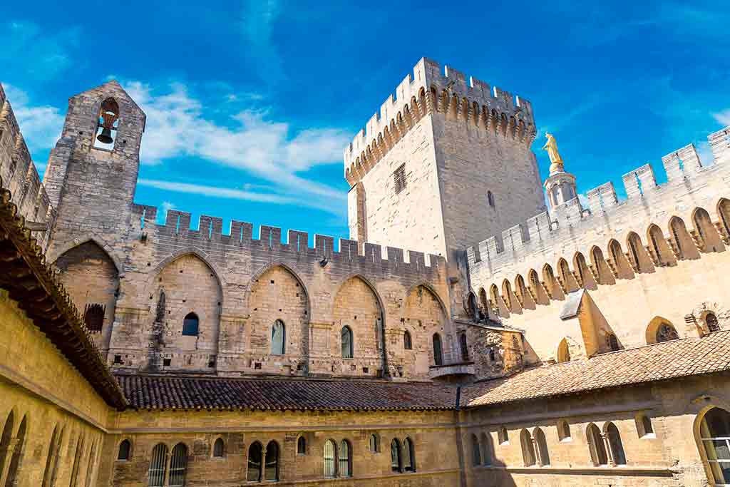 Famous Castles in France Papal Palace
