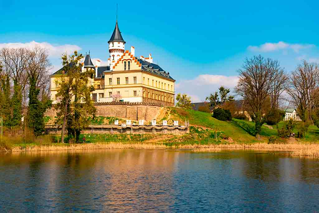 Castles in Czech Radun Castle