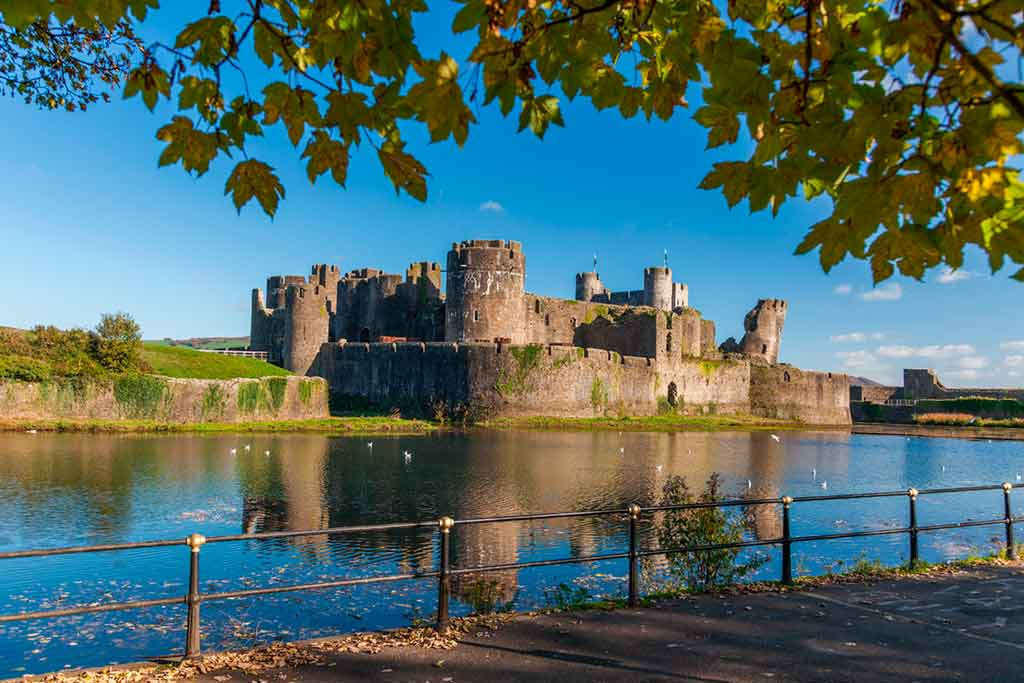 Best castles in South Wales-Caerphilly-Castle