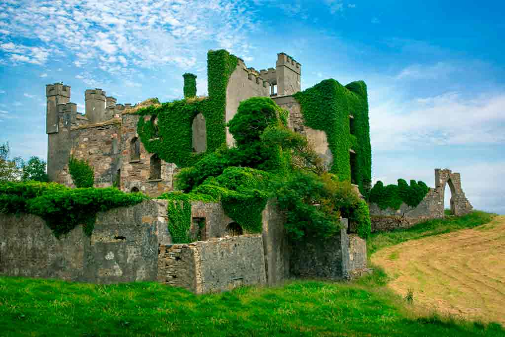 Haunted castles-Clifden-Castle