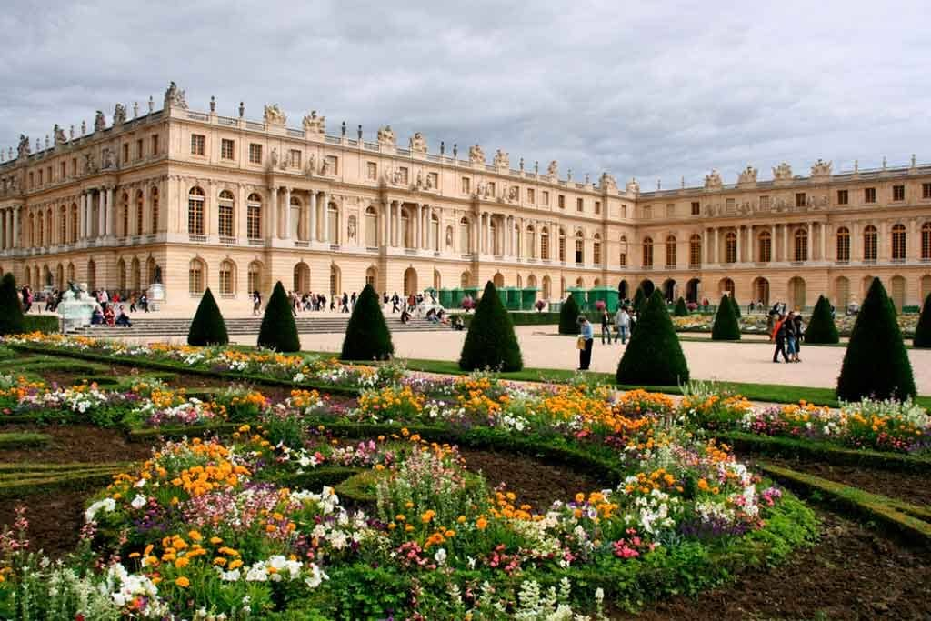 Palace-of-Versailles Castles near Paris