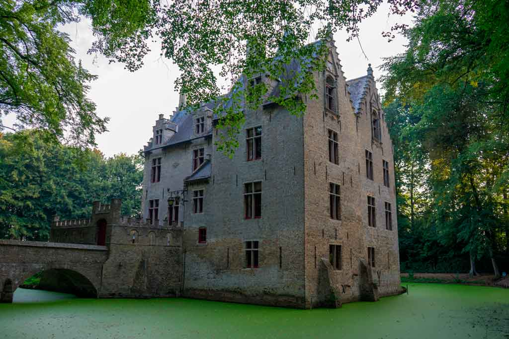 Best castles in Belgium-Beauvoorde-Castle