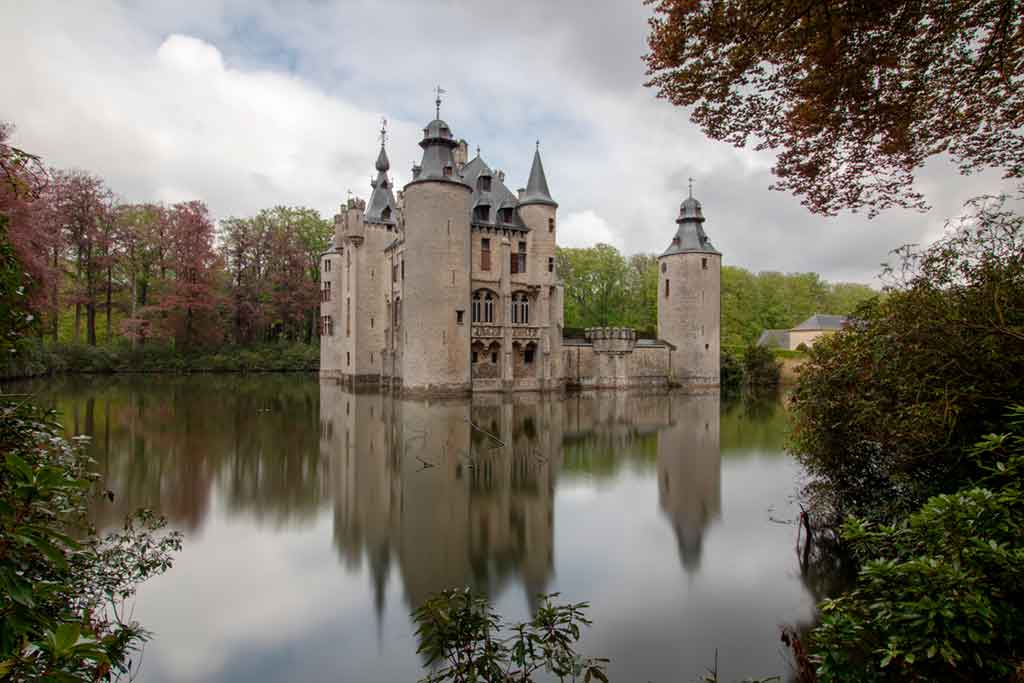 Famous Castles in Belgium-Borrekens-Castle