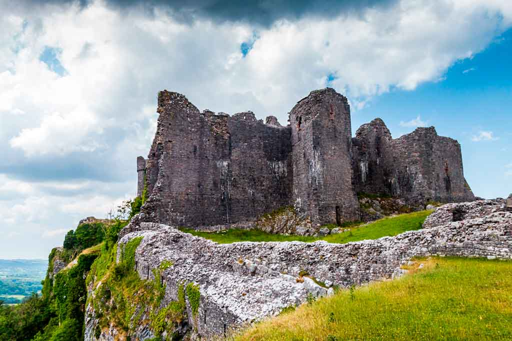 castles in South Wales-Carreg-Cennen-Castle