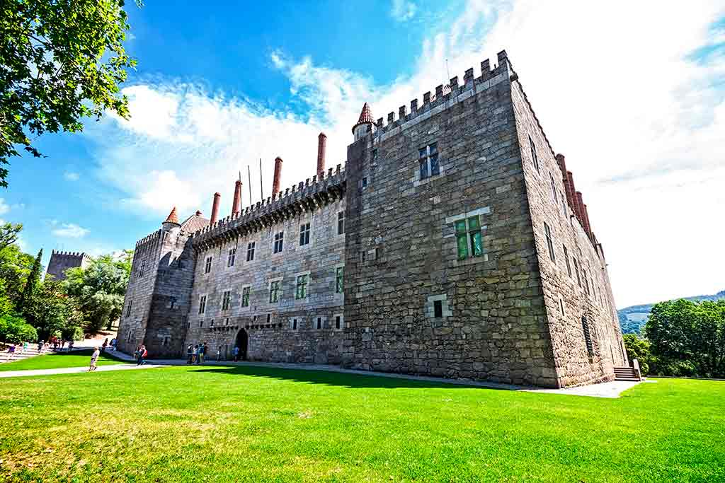 Best Portugal Castles-Castle-of-Braganca