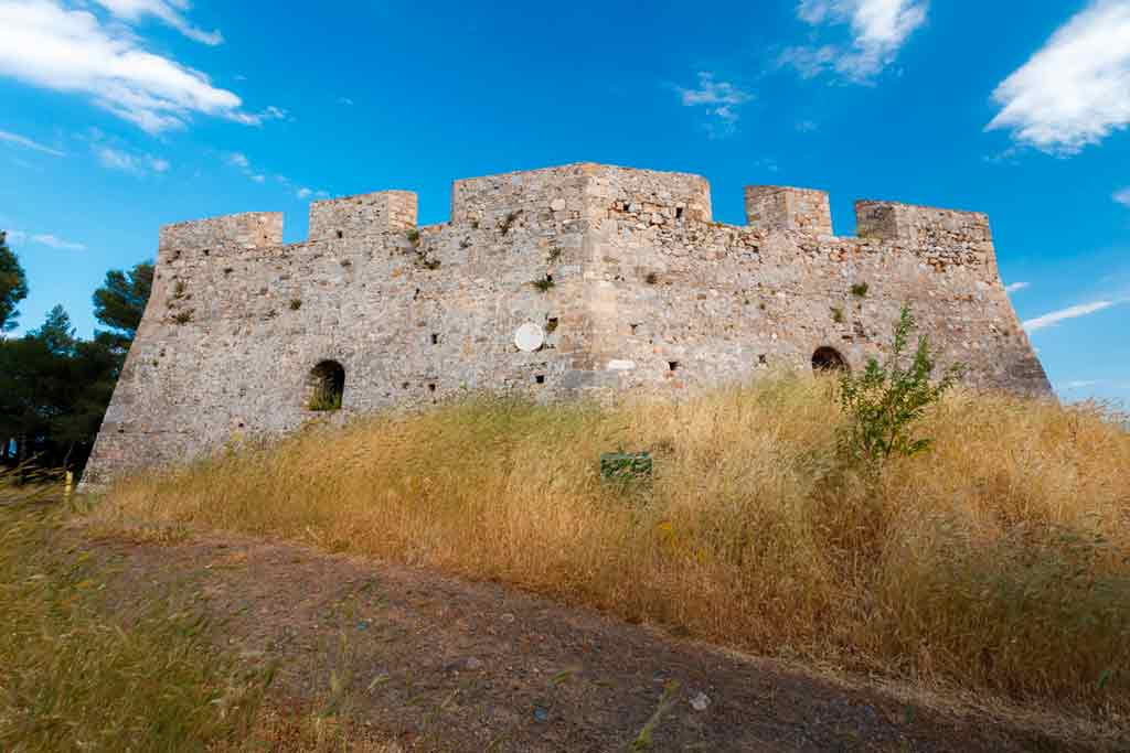 Castles in Greece-Castle-of-Chalkis