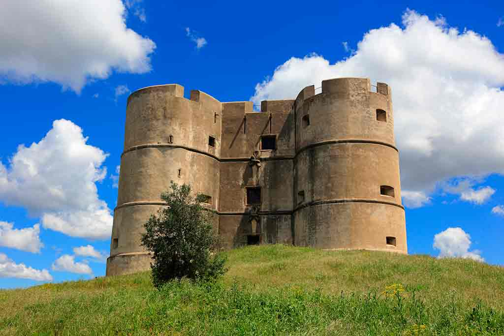 Famous Castles in Portugal-Castle-of-Evoramonte