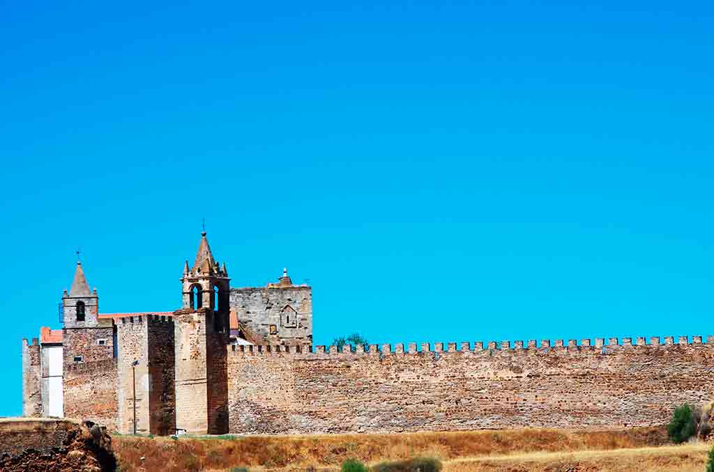 Portugal Castles-Castle-of-Mourao