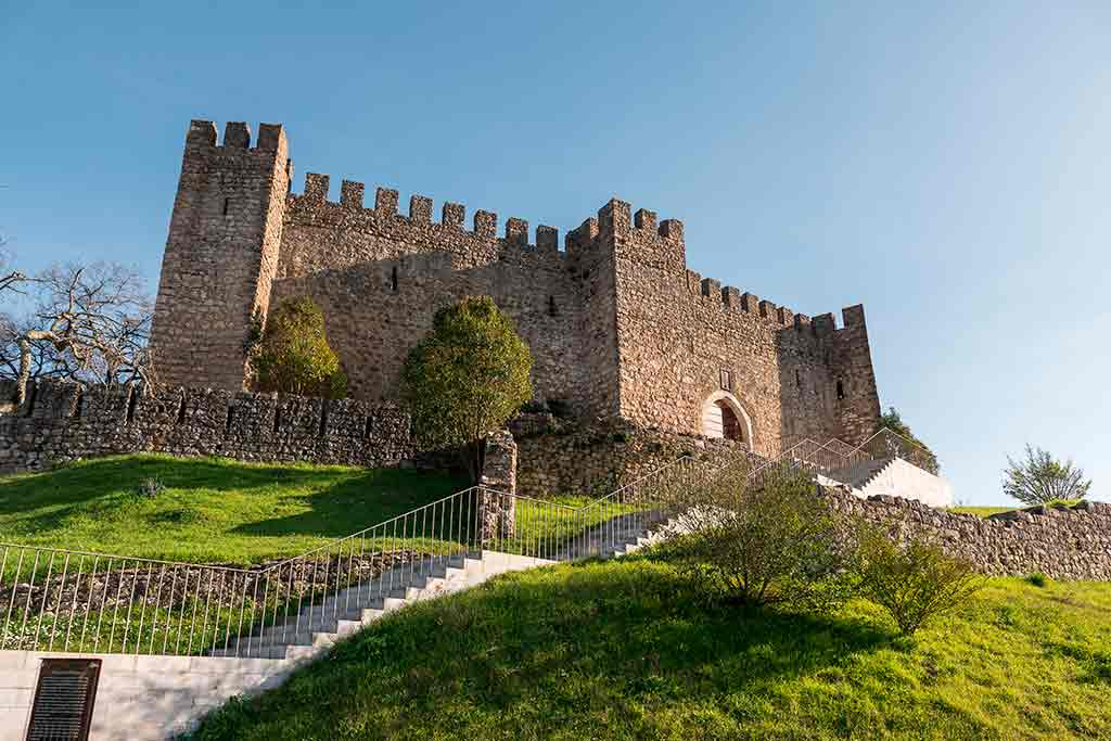 Best Portugal Castles-Castle-of-Pombal