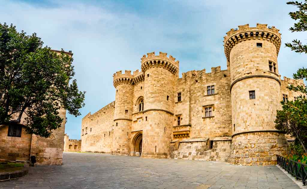 Greek Castles-Castle-of-Rhodes-–-Grand-Master-of-the-Knights
