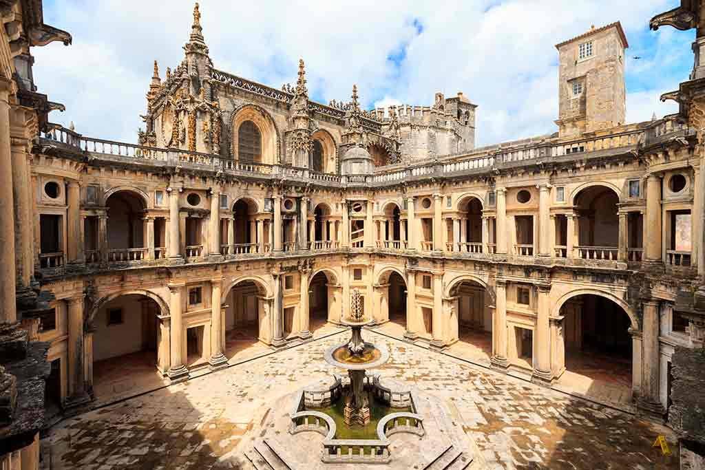 Castles in Portugal-Castle-of-Tomar