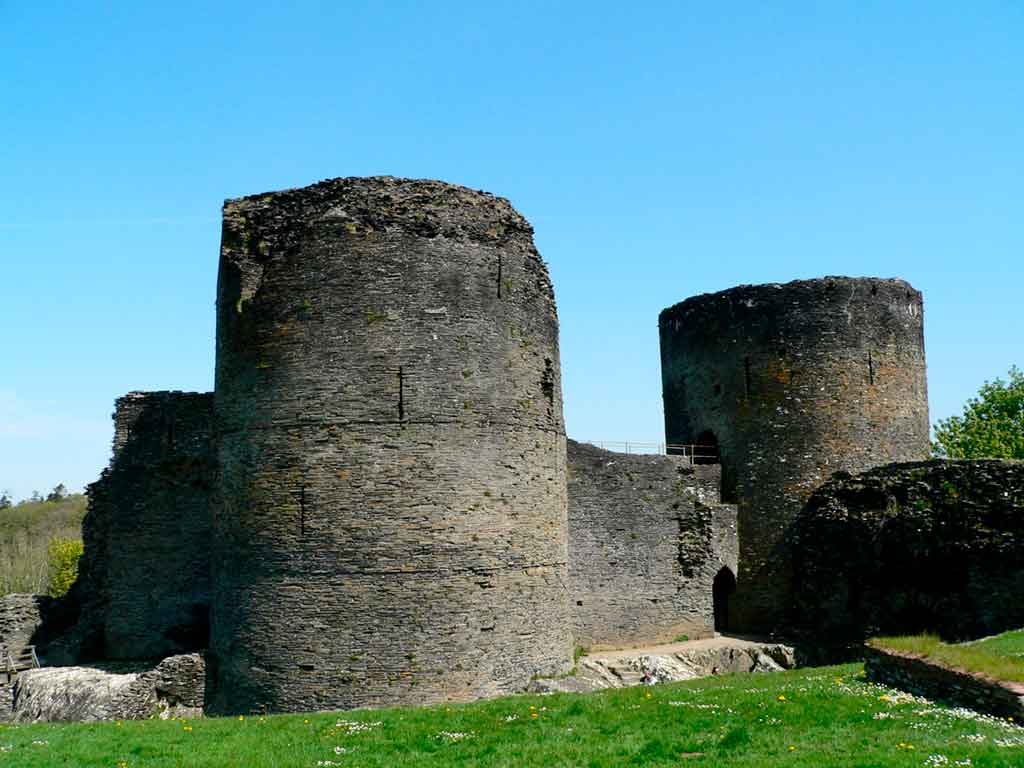 castles in South Wales-Cilgerran-Castle
