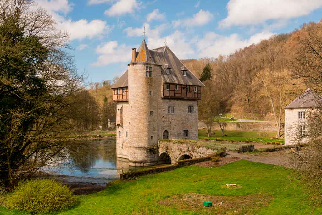 Famous Castles in Belgium-Crupet-Castle