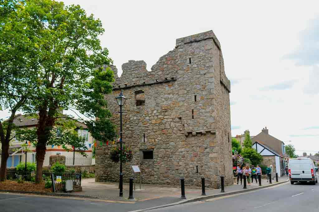 Famous castles near Dublin-Dalkey-Castle