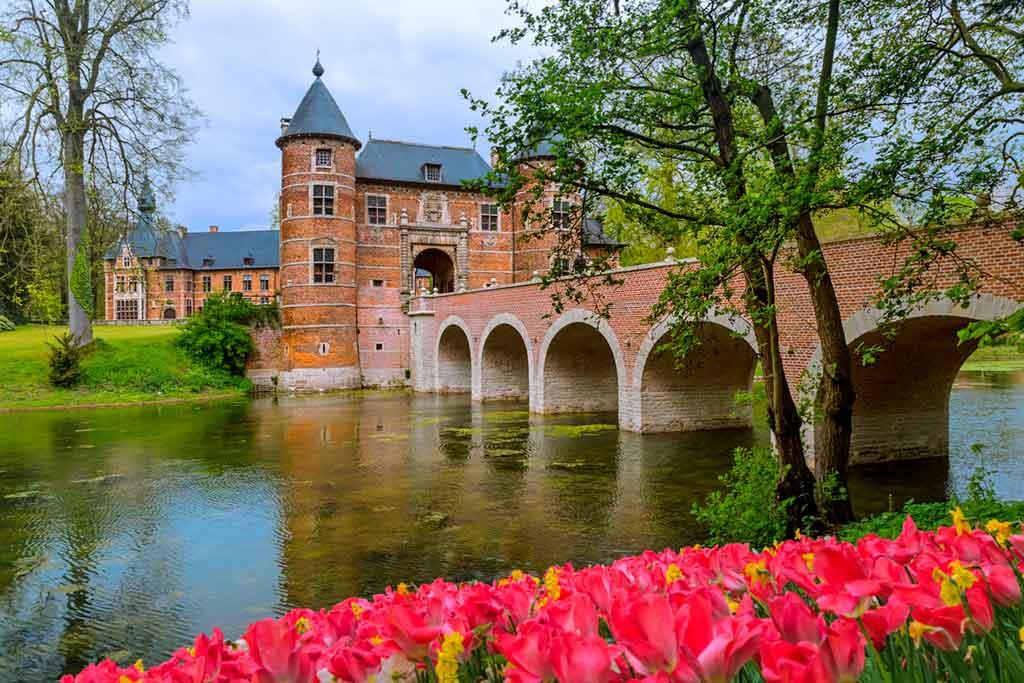 Famous Castles in Belgium-Groot-Bijgaarden-Castle