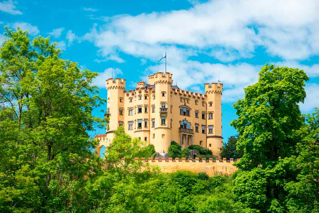 Best castles near Munich-Hohenschwangau-Castle