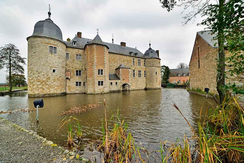 Famous Castles in Belgium-Lavaux-Sainte-Anne Castle