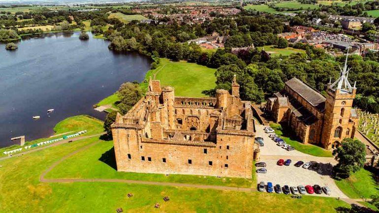 Best Edinburgh Castles-Linlithgow-Palace