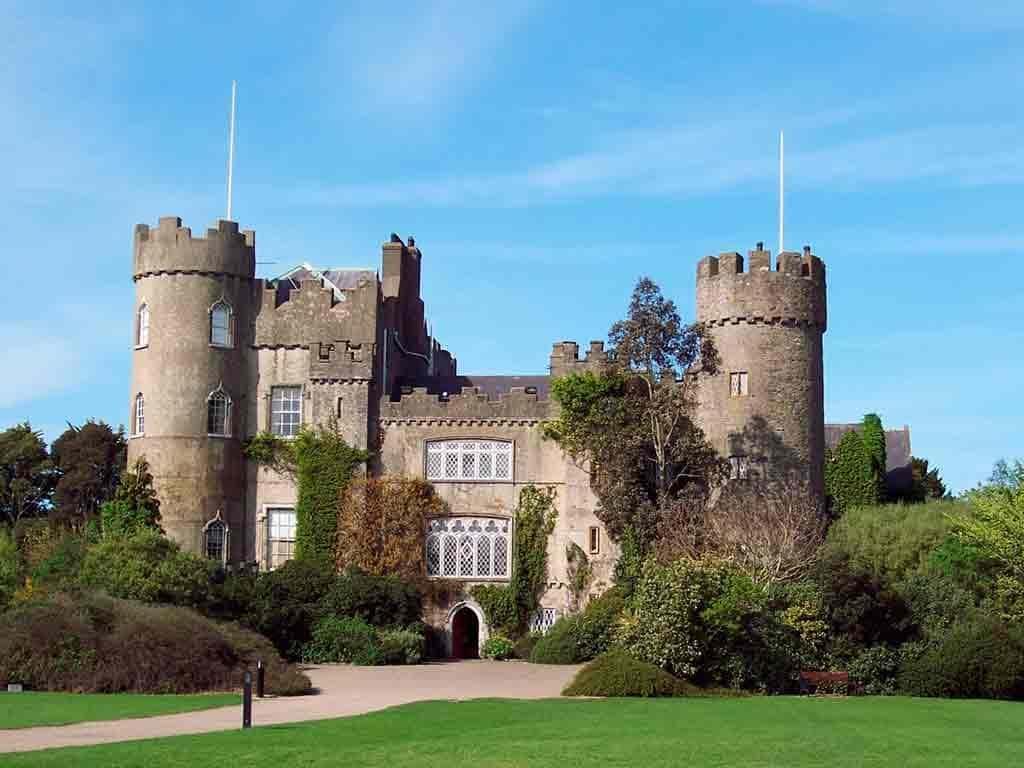 Famous castles near Dublin-Malahide-Castle