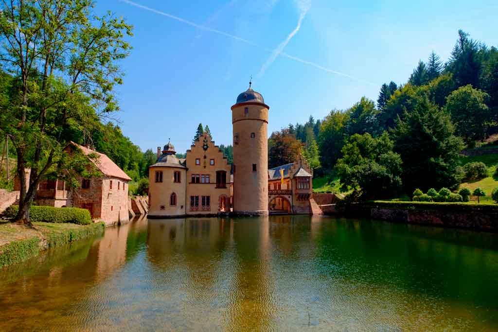 Famous Castles in Bavaria-Mespelbrunn-Castle