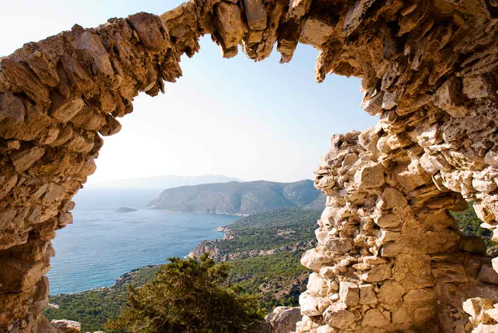 Best castles in Greece-Monolithos-Castle