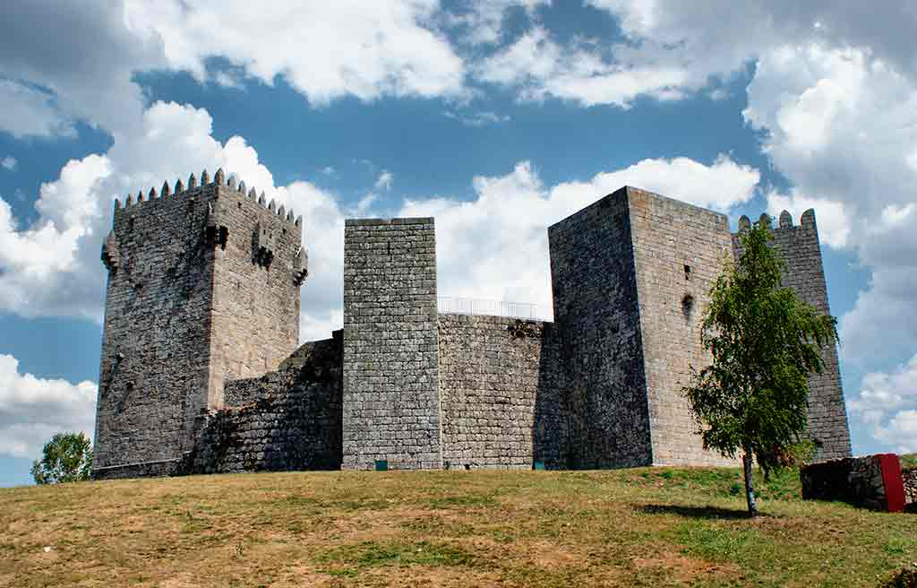 Famous Castles in Portugal-Montalegre-Castle