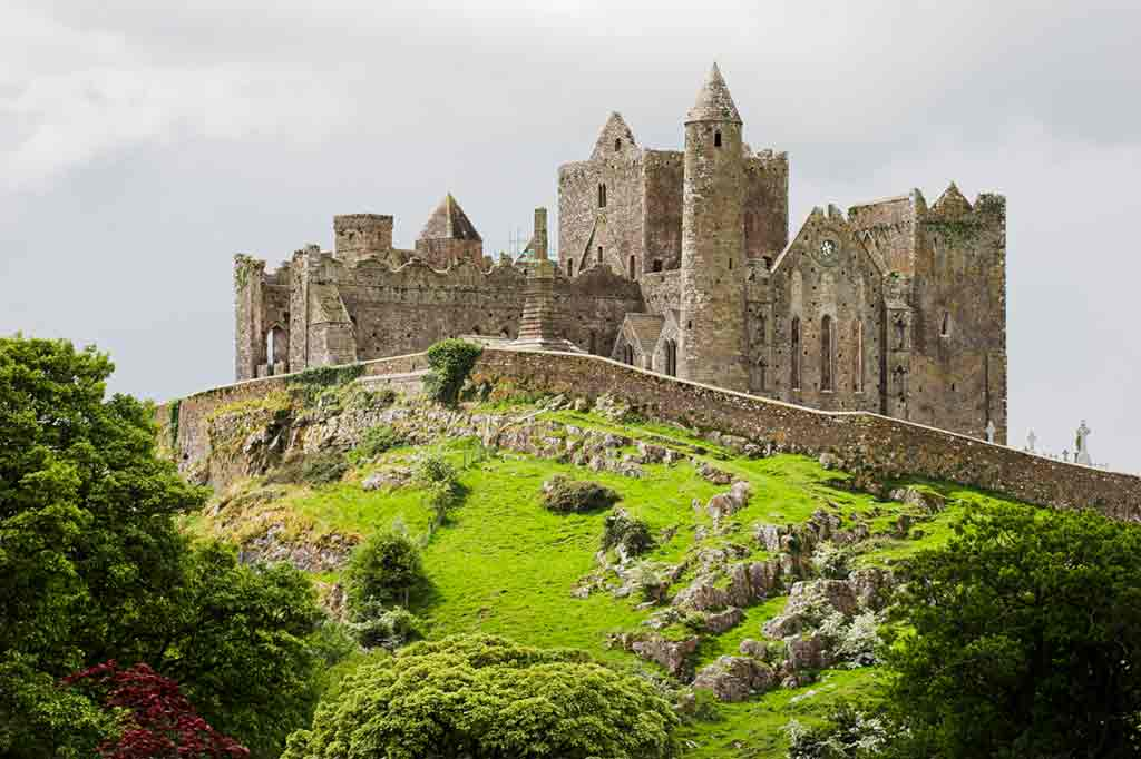 Best castles near Dublin-Rock-of-Cashel