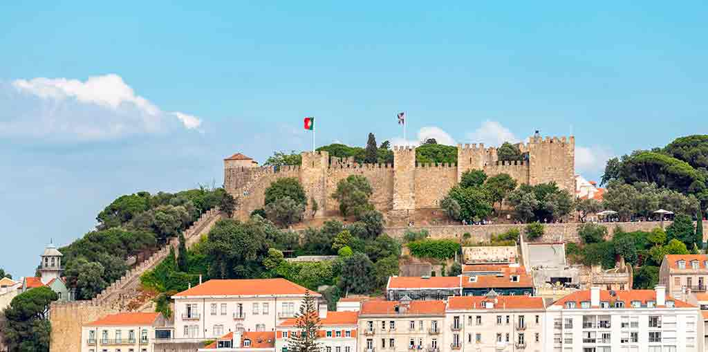 Best castles in Portugal-Sao-Jorge-Castle