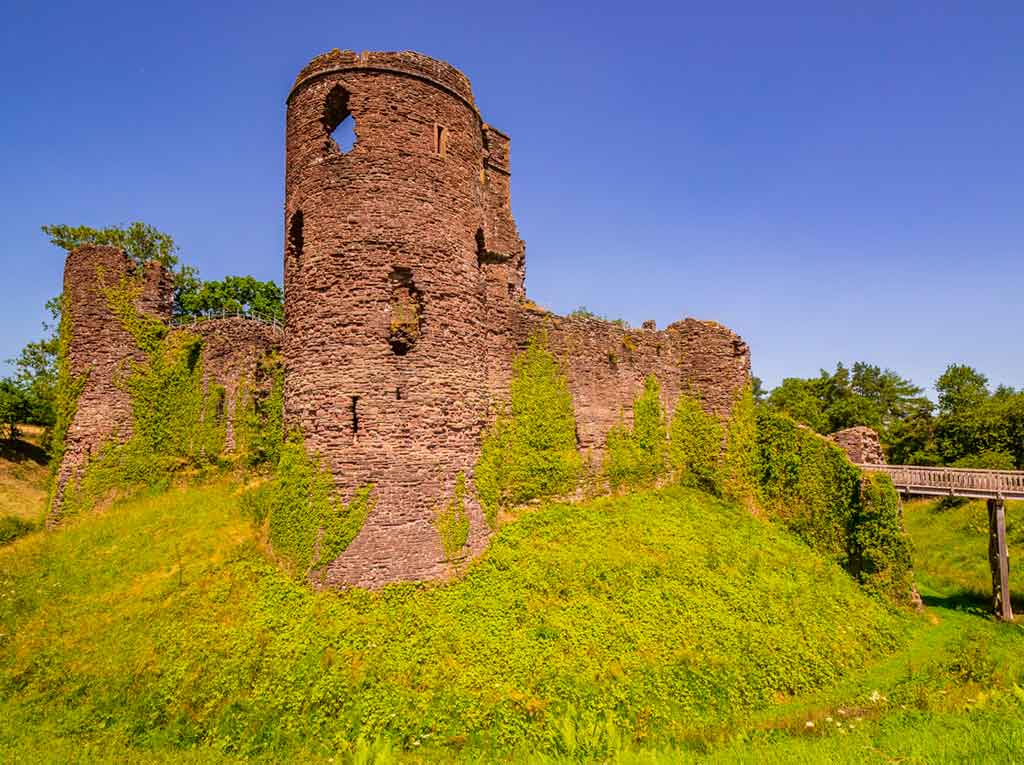 Best castles in South Wales-Skenfrith-Castle