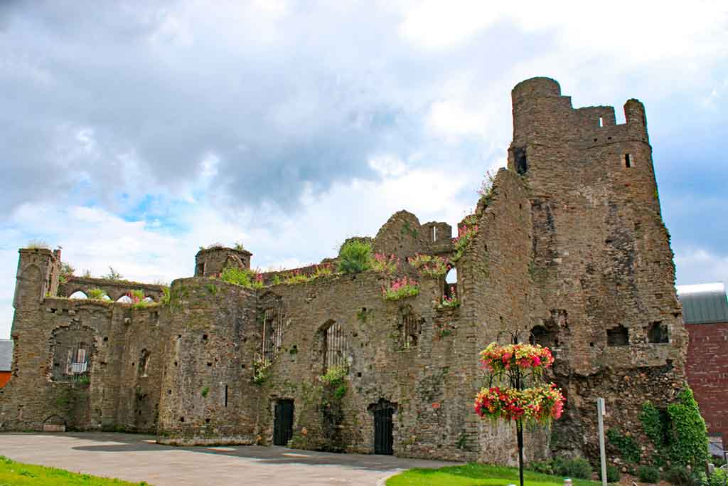 best castles in south wales-Swansea-Castle