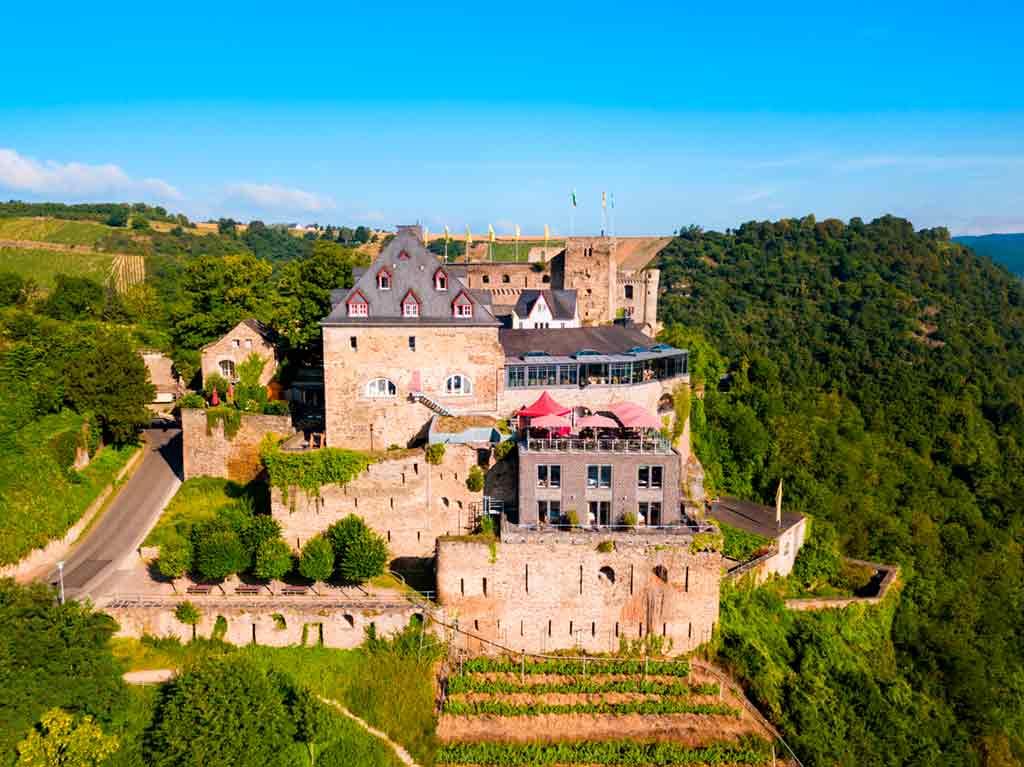 Famous Castles near Frankfurt-Rheinfels-Castle