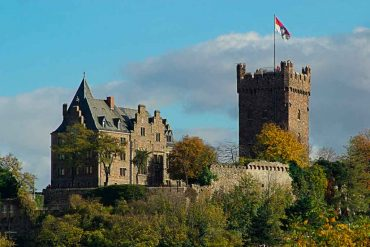 Famous Castles near Frankfurt-Klopp-Castle