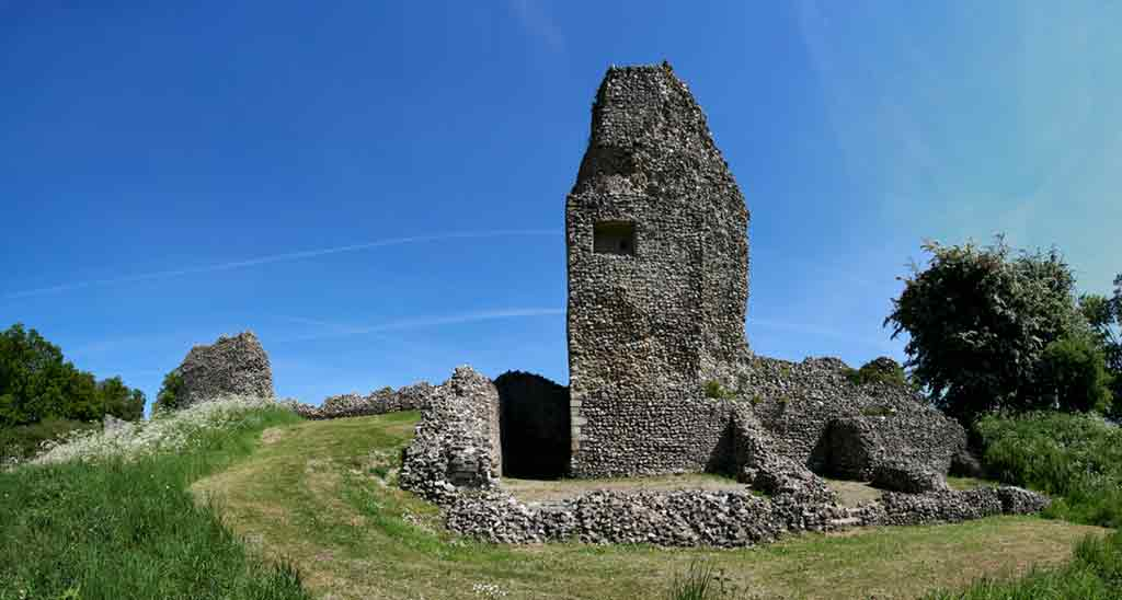 Famous Castles near London-Berkhamsted-Castle