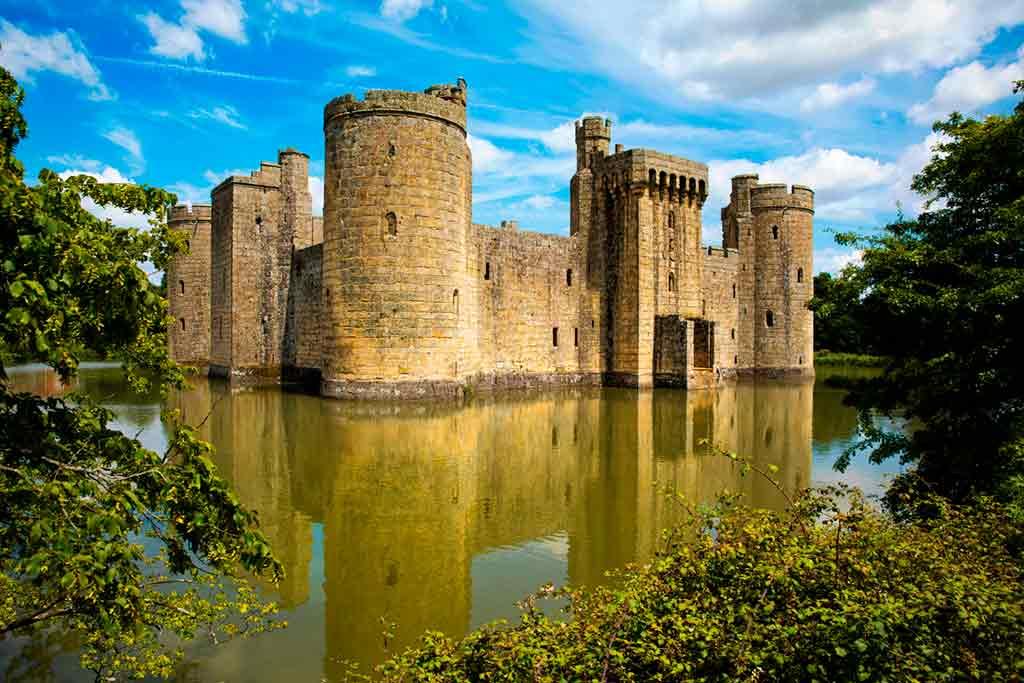 Famous Castles near London-Bodiam-Castle