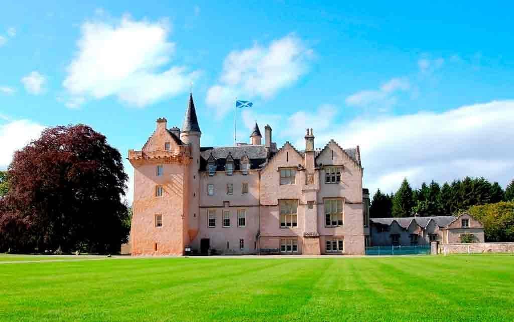 Best castles in Highlands-Brodie-Castle