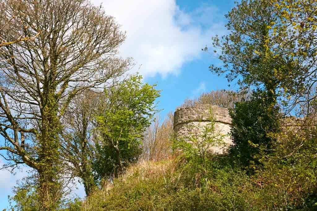 Best castles in Northern Wales-Castell-Aberlleiniog