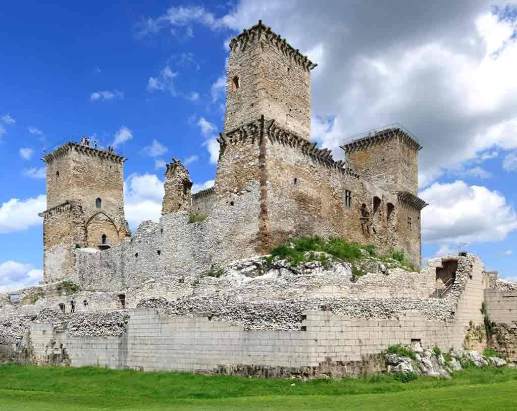 Castles in Hungary-Castle-of-Diosgyor