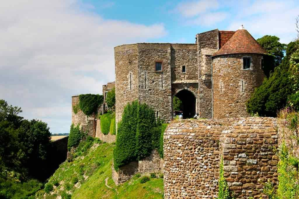 Famous Castles near London-Dover-Castle