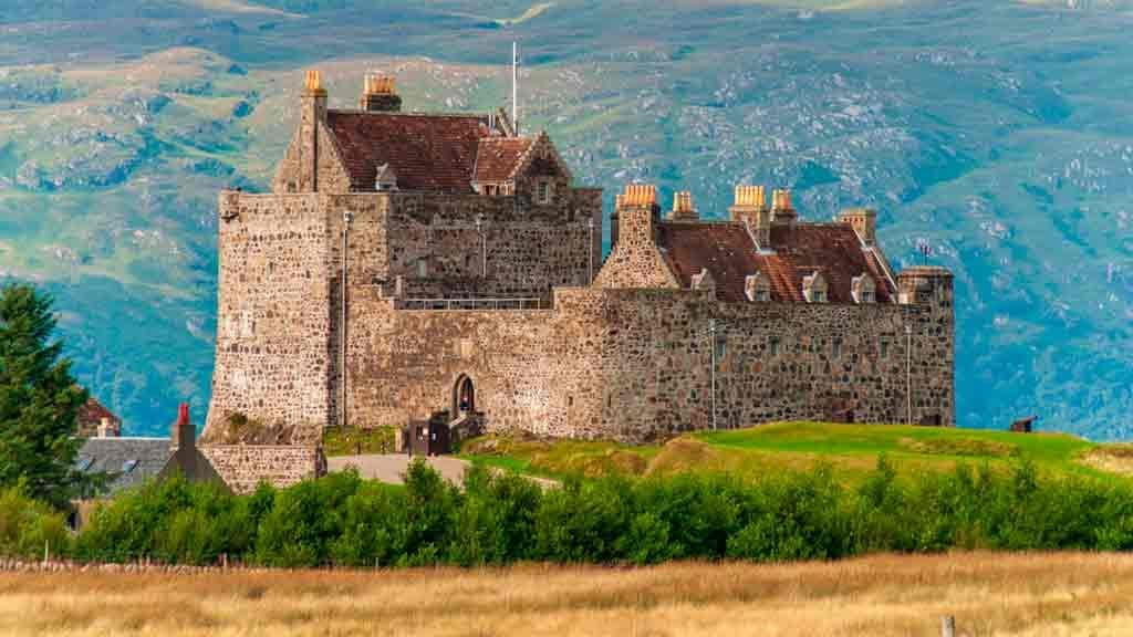 Castles in Highlands-Duart-Castle
