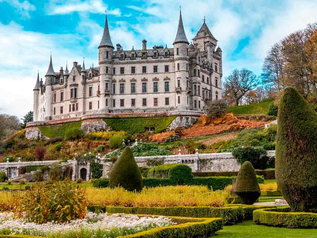 Castles in Highlands-Dunrobin-Castle