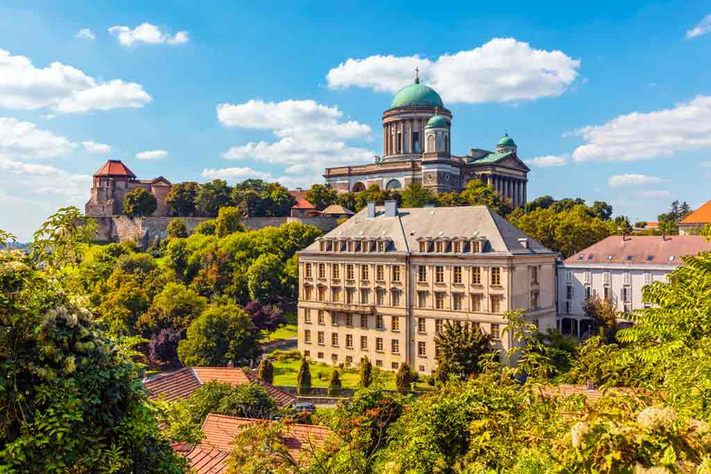 Castles in Hungary-Esztergom-Castle-And-Basilica