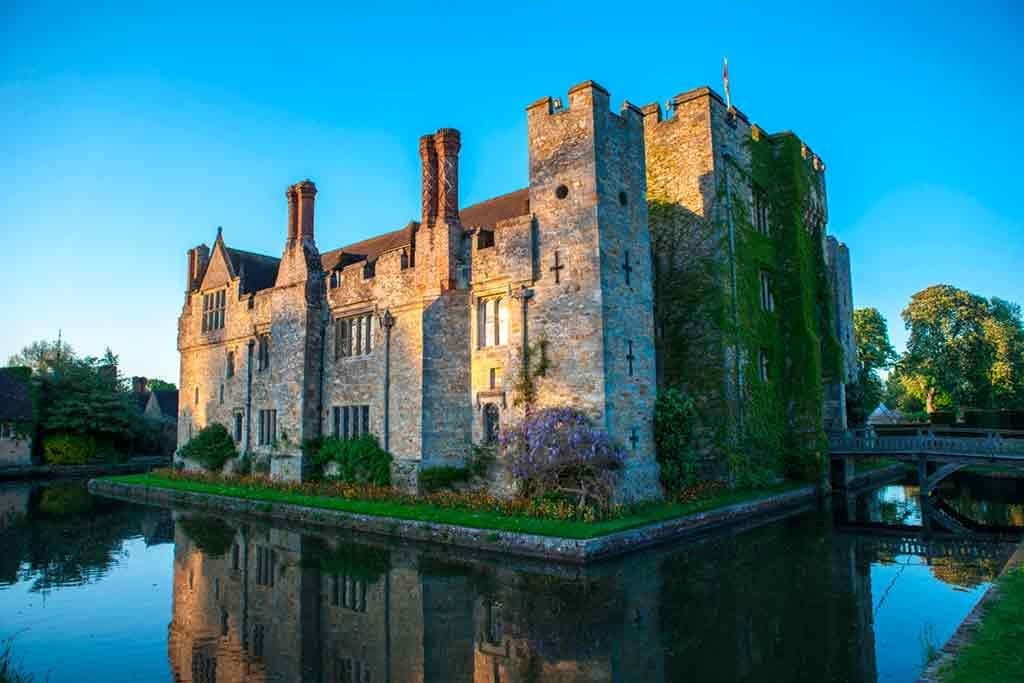 Best castles near London-Hever-Castle-&-Gardens