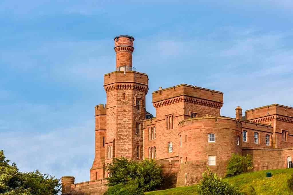 Famous Castles in Highlands-Inverness-Castle