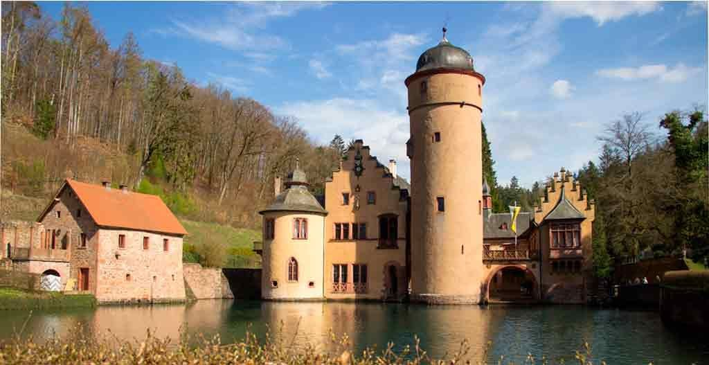 Famous Castles near Frankfurt-Mespelbrunn-Castle