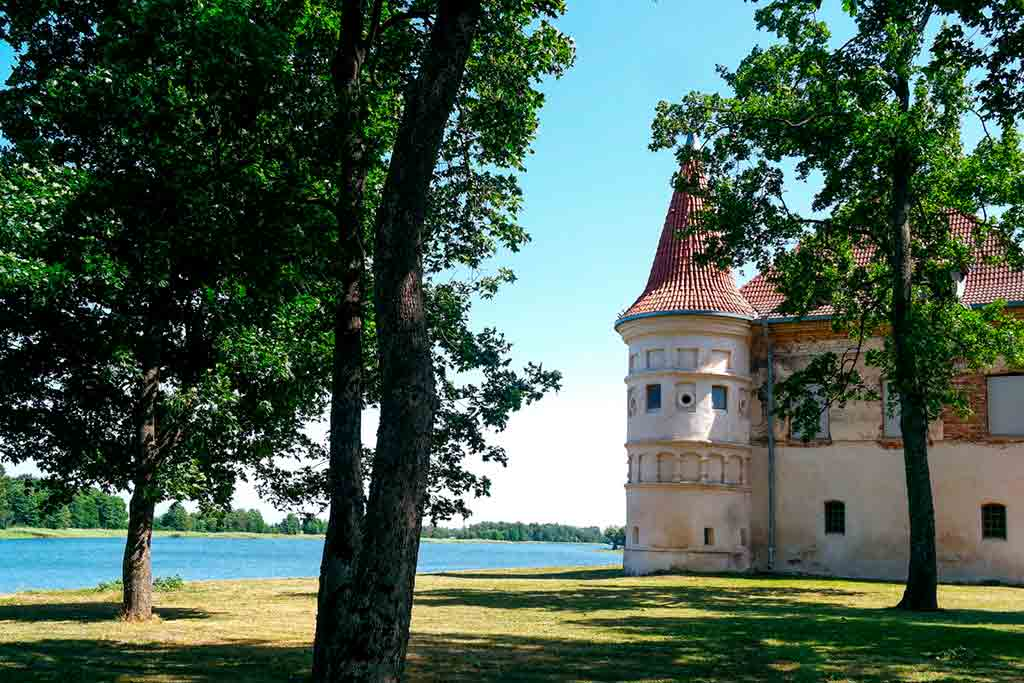 Famous Castles in Lithuania-Siesikai-Castle
