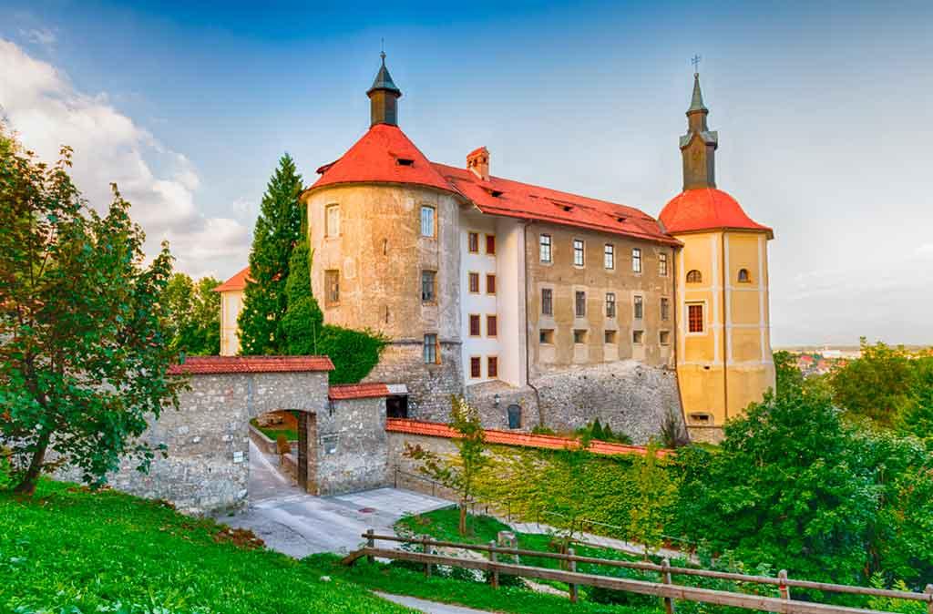Best Slovenian Castles-Skofja-Loka-Castle