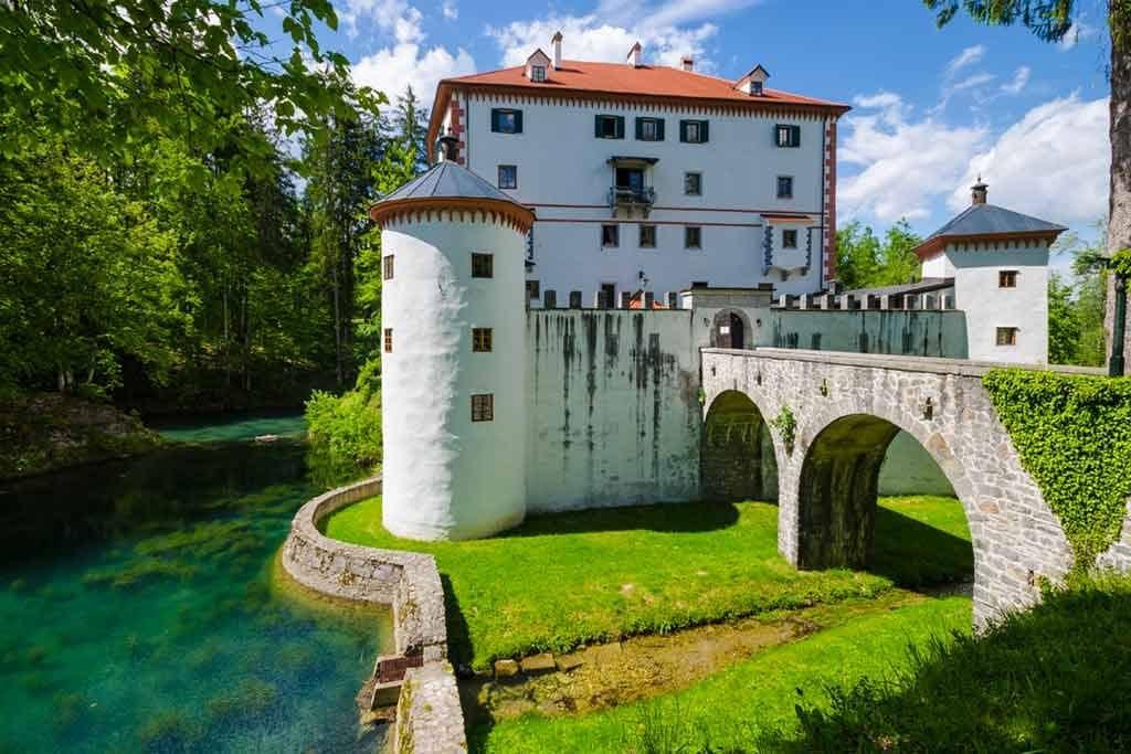 Castles in Slovenia-Sneznik-Castle