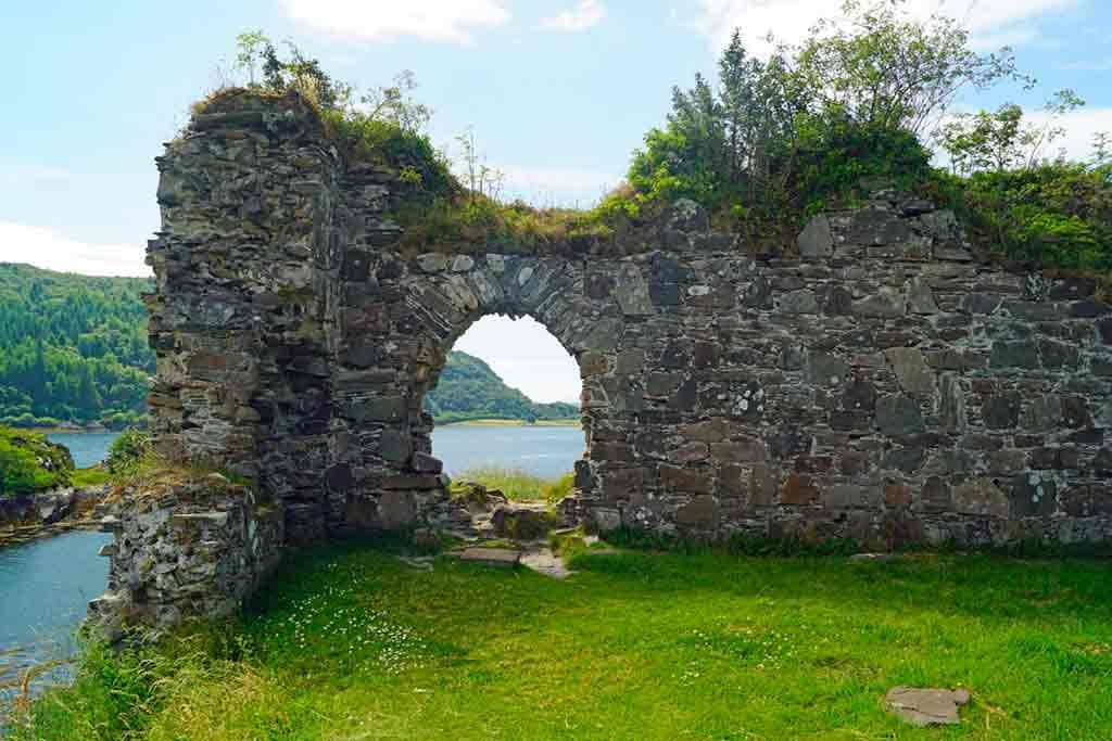Famous Castles in Highlands-Strome-Castle